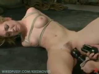 nominale vibrator thumbnail, kwaliteit meisje op meisje, u vastgebonden gepost