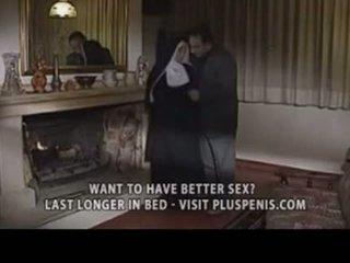 Assfucking një murgeshë