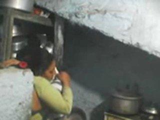 Neste dør indisk bhabhi sex