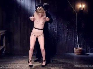 No pakalpojums paklīdusi sieviete līdz sāpe paklīdusi sieviete