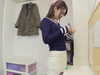 Kolegj vogëlushe gives an i shkëlqyer marrjenëgojë, porno 68