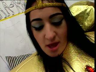 Studly servant screws horny Egyptian princess
