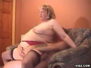 tučný, buclatý, bbw