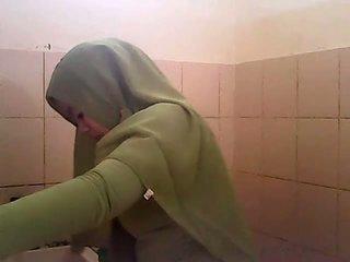 Spy gagal jilbab hijau