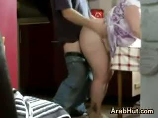Thick amatør arab kvinne gets knullet