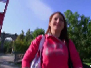 Pusaudze skaistule fucked uz the valsts par nauda video