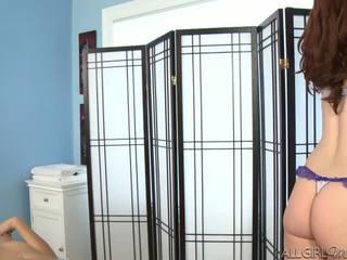 Melody uses một máy rung giving kimberly gates một sâu chà