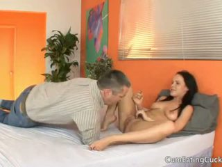 Katie st ives lets 彼女の hubby 見る 彼女の 入手する pouned