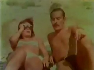 wijnoogst scène, meer wifes neuken, vol orgasmes porno