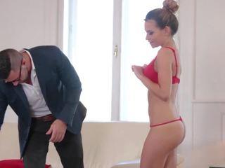 hq brunette porno, vol grote tieten, meest gezichtsbehandelingen