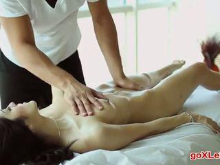 groot brunette neuken, slank neuken, controleren massage
