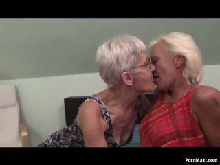 Leszbikus nagyanyók having tréfa