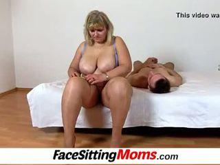 Velika prsi amaterke bbw mama anna muca licking cunnilingus