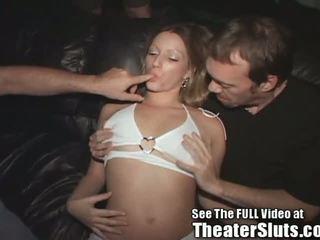 Riesige Titten Rough Gangbang
