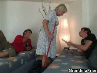 nieuw mama, nominale oude pussy mov, mooi grootmoeder tube