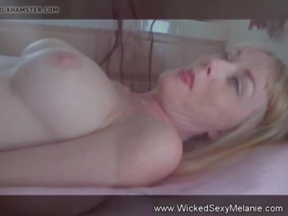 Examining Amateur GILF Pussy, Free Amateur Pussy Porn Video