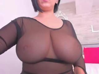 Huge Tits Chilling: Free Big Natural Tits Porn Video 0e