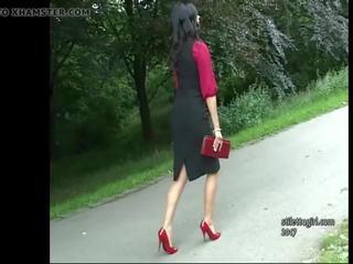 brunette gepost, plezier meisje, kwaliteit brits video-