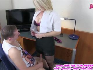 Mom Lan Boy porno