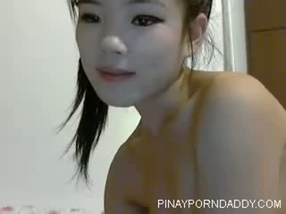 Cute Chinese Teen on Webcam - Pinayporndaddy