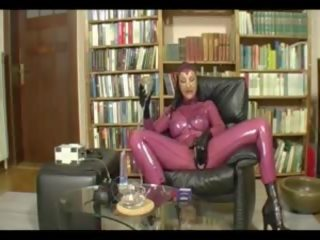 Pumped Pussy in Latex - Part 1, Free In Twitter Porn Video