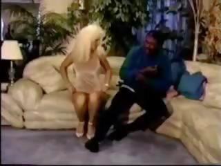 029: Free BBC & Wife Sharing Porn Video bb