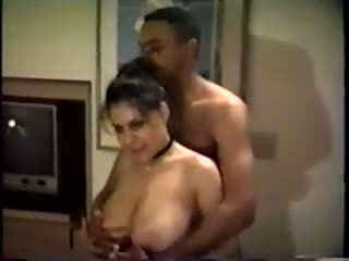 Cuckold Wife: Free Amateur Porn Video