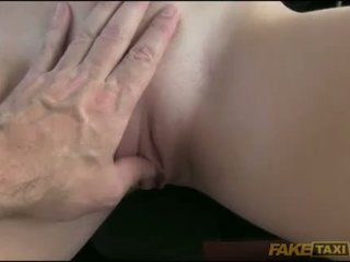 Amateur railed in the backseat for free