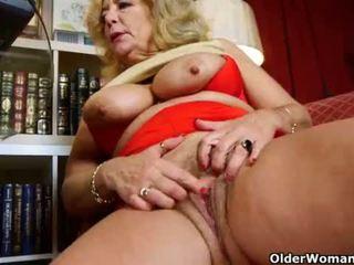 Craving grannies Karen Summer and Dalbin finger pussy
