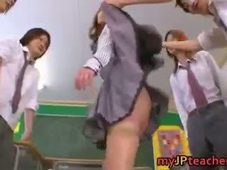 kwaliteit japanse actie, nominale japan, gangbang thumbnail