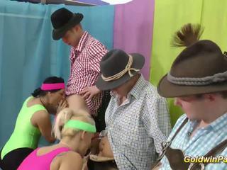 Flexi aerobik lederhosen skupinové trtkanie orgia, porno 28