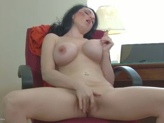 Amateur Mature Bigtit Mom Hungry Fuck Fuck: Free HD Porn 0c