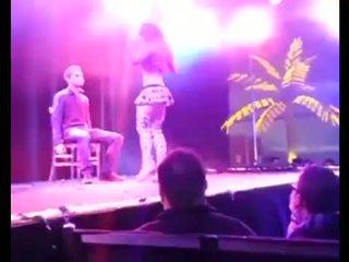 Striptease (26)