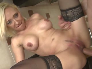 hot matures watch, most milfs, hottest old+young