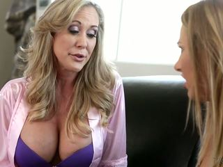 echt grote borsten, controleren lesbiennes, milfs