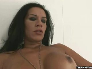 see brunette, fun shemale best, any solo free
