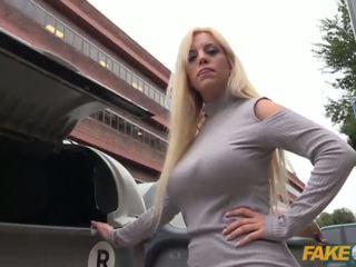 Fake policajt policeman fucks veľký korisť blondýna latinskoamerické