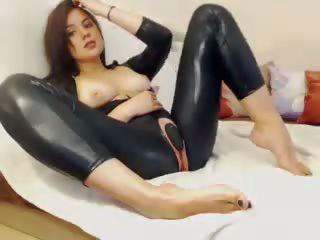 Leggings Babe: Free Leggings Porn Video 74