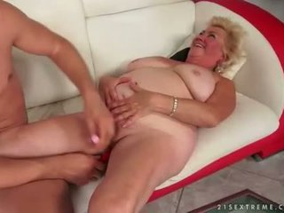 online zuigen tube, oud, grootmoeder porno