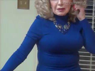 Hot Nylon Lady: Free MILF HD Porn Video f1
