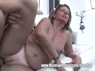 Puma fucks po ji catches jos stepson masturbacija