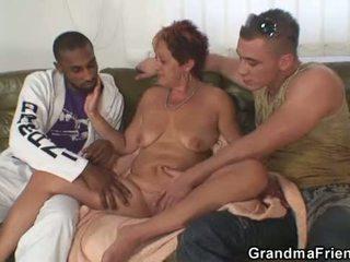 Interracial plan a trois orgie avec vieille