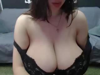 Velike Naravne Prsi porno