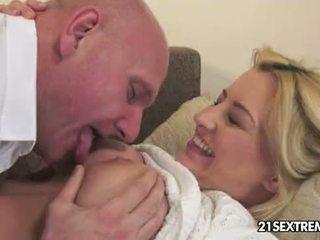 am meisten bigtits beste, spaß küssen, nenn blowjob