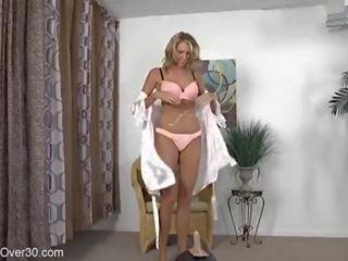 kwaliteit grote borsten, masturbatie, nominale vrouw porno