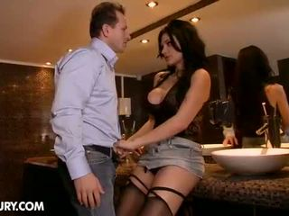 Iň beti brunette, ideal blowjob check, big tits