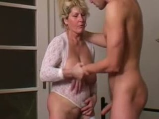 Äldre mother's desire comes sant