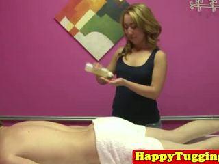 een realiteit film, masseuse, zien masseur