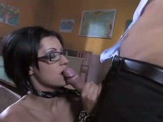 brunette klem, meest orale seks seks, vaginale sex