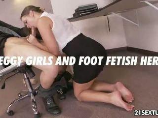 Opisina paghahabla foot
